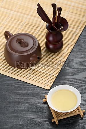 chinesische elemente gruener tee tee zeremonie
