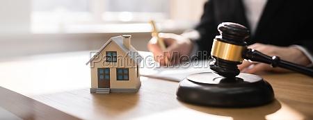 scheidungsrecht und hausabschottung und konkurs