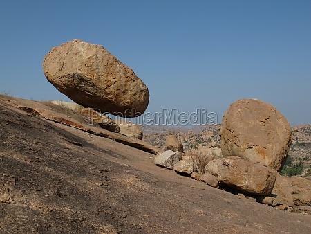 balance - 29777341