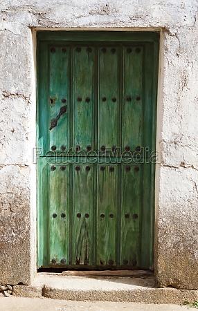 red, door, weathered, wood - 29780949