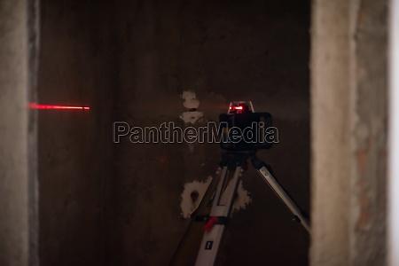 lasergeraete auf einer baustelle