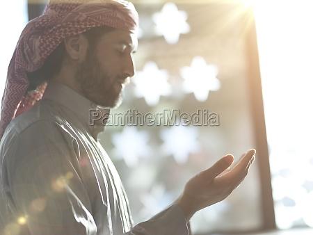 muslimisches, gebet, in, der, moschee - 29810945