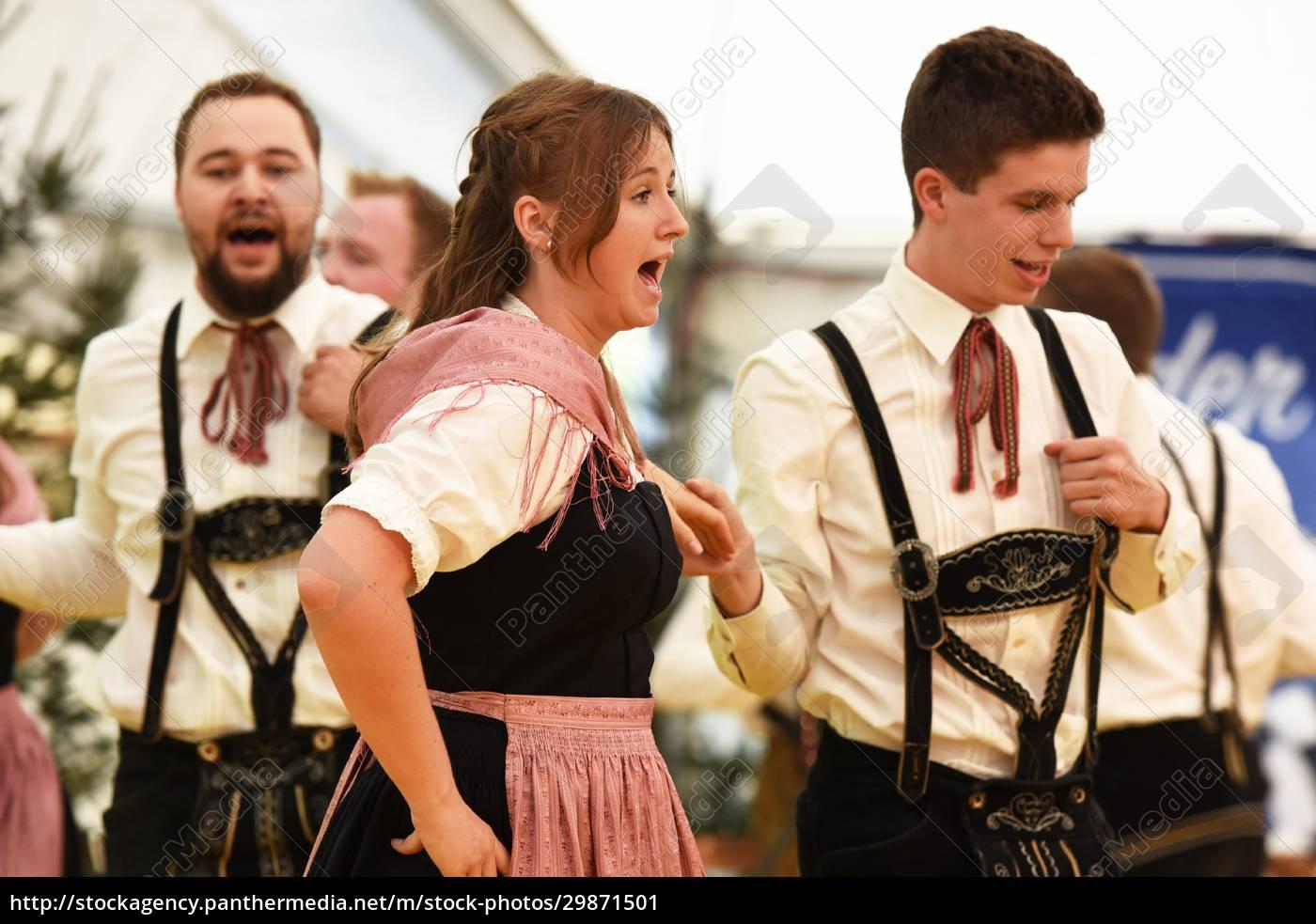 Öffentliche, aufführung, österreichische, österreichische, volkstänze, beim - 29871501