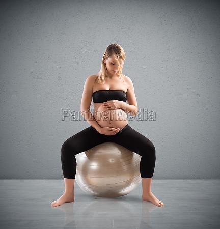 schwangere fitness fuer die gesundheit