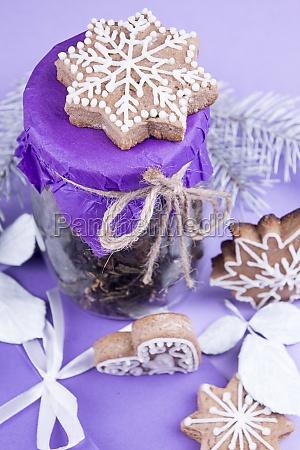 weihnachtsessen stillleben von lebkuchen keksen und