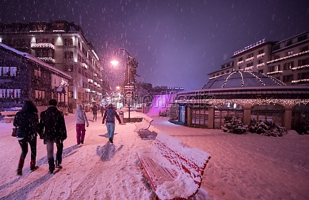 snowy, streets, of, the, alpine, mountain - 30005409