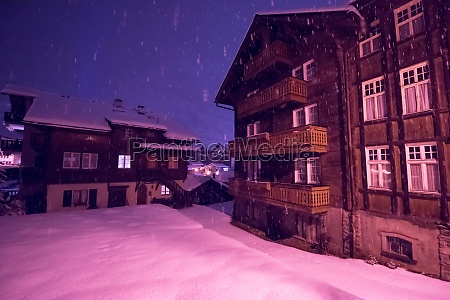 snowy, streets, of, the, alpine, mountain - 30006074