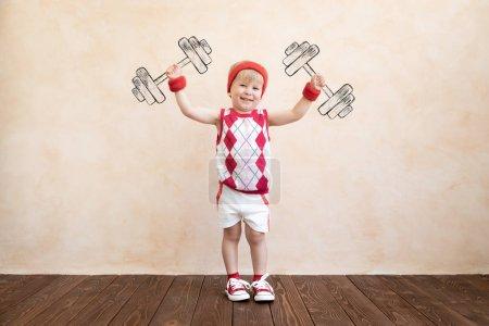 sport aktivitaet spielen spass gluecklich person