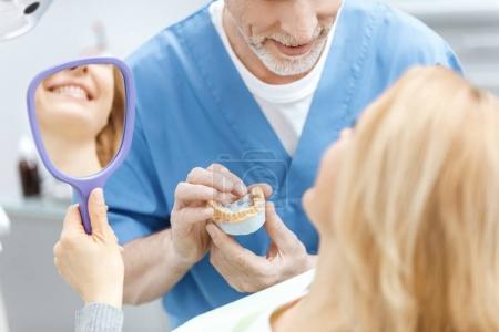 Lächelnd, Menschen, Kaukasisch, Gesundheit, Medizin, Mund - B147602569