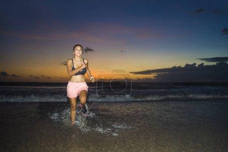 Sport, Aktivität, Himmel, schön, glücklich, Reflexion - B192471390