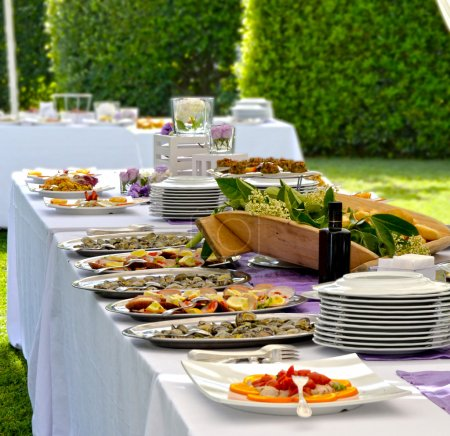 tisch feier veranstaltung unternehmen feiern partei