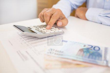 Tisch, weiß, Computer, Hintergrund, Geld, Anzahl - B35788247
