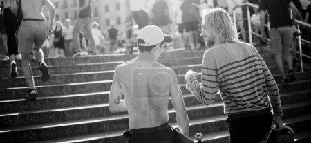 Sport, Freizeit, Spaß, Jung, Sommer, Menschen - B381651114