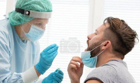 Ausrüstung, Menschen, Gesundheit, Atemwege, medizinisch, Kehle - B400904172