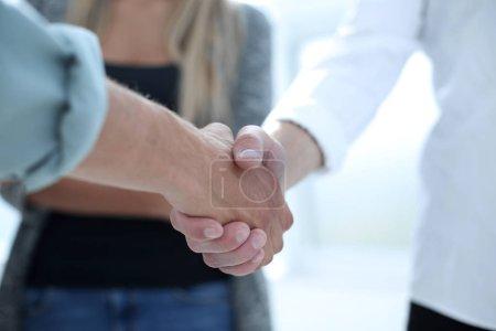 Tisch, Konzern, Gruß, Unternehmen, Person, Weiblich - B218415528