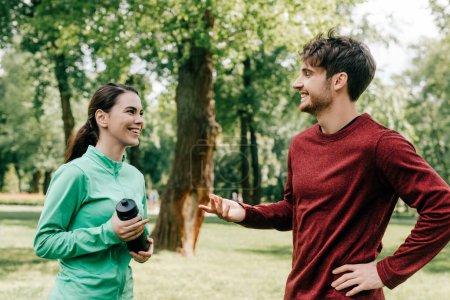 Sport, Aktivität, schön, Mädchen, Lächelnd, Park - B381823596