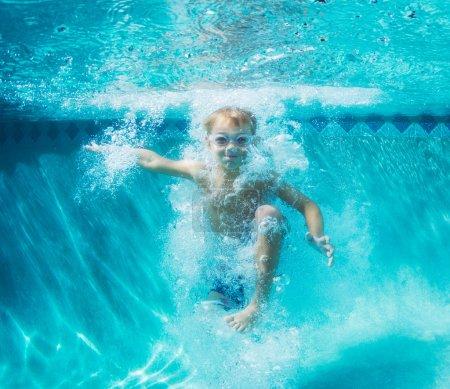 Schwimmbad, Freizeit, Aktivität, Spielen, Spaß, weiß - B59844553