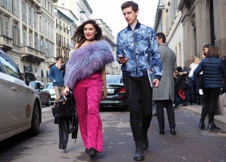 Veranstaltung, Eleganz, Kleidung, Menschen, Modell, Mann - B451271536