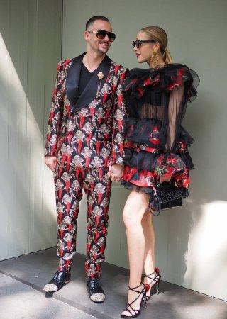 Farben, Veranstaltung, Eleganz, Kleidung, Menschen, Modell - B451266846