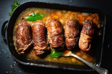 Tisch, rot, eingewickelt, Frisch, Rindfleisch, ungekocht - B447872434