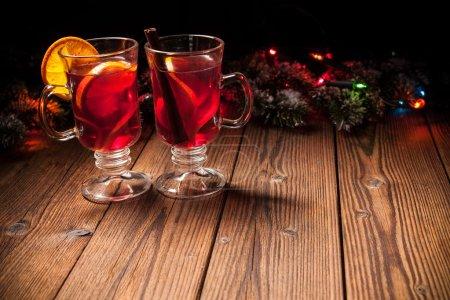 Tisch, rot, Hintergrund, farbenfroh, Glas, Feier - B88794162