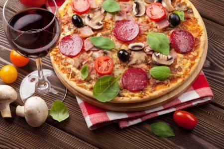Tisch, grün, Rot, Hintergrund, Glas, Fleisch - B69747479