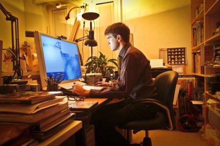 tisch computer grafik unternehmen studio jung